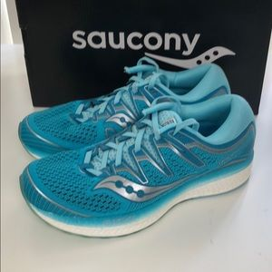 Saucony triumph iso 5 Size 9.5 womens